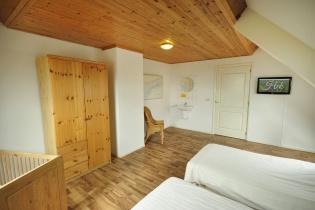 slaapkamer 2 appartement oostkant